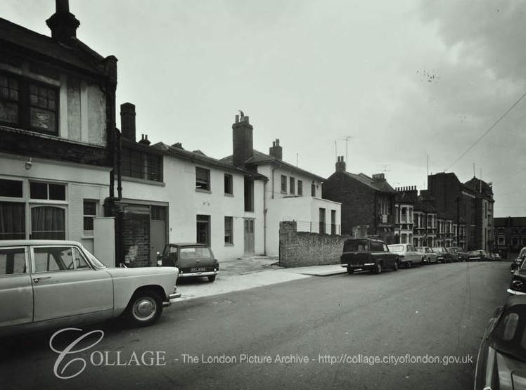 22-28 Mossbury_Road_1973 (London Metropolitan Archives)